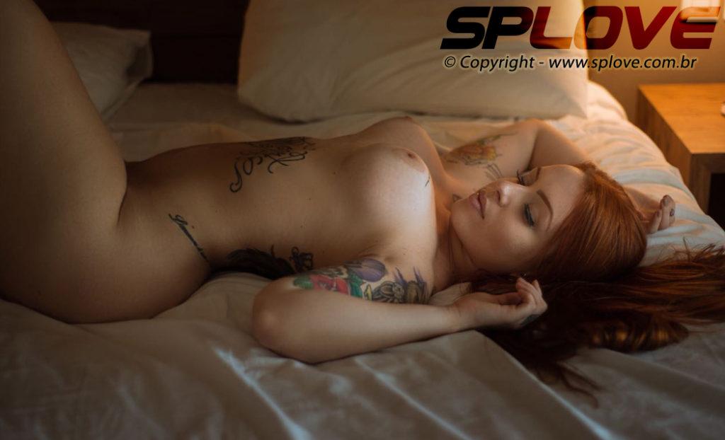 Sophia Ruiva Acompanhante